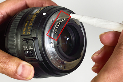 How exactly to Get Contacts To Your DSLR